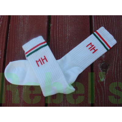 M.H. fehér tornazokni