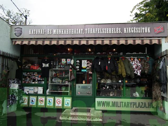 Military-shop Vác